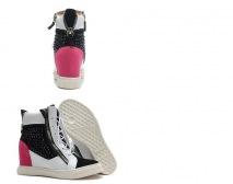 Wedgeshoes1.jpg