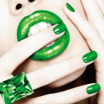 Green-lips-and-nails.jpg